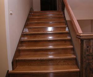Компания предлагает купить ступени для лестниц