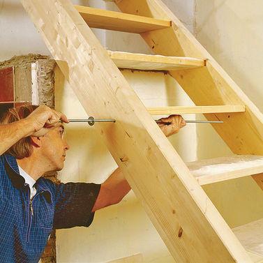 Сделать лестницу в деревянном своими руками