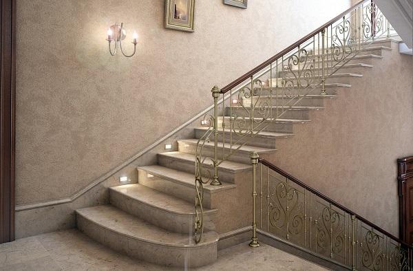 монтаж входной лестницы в коттедже