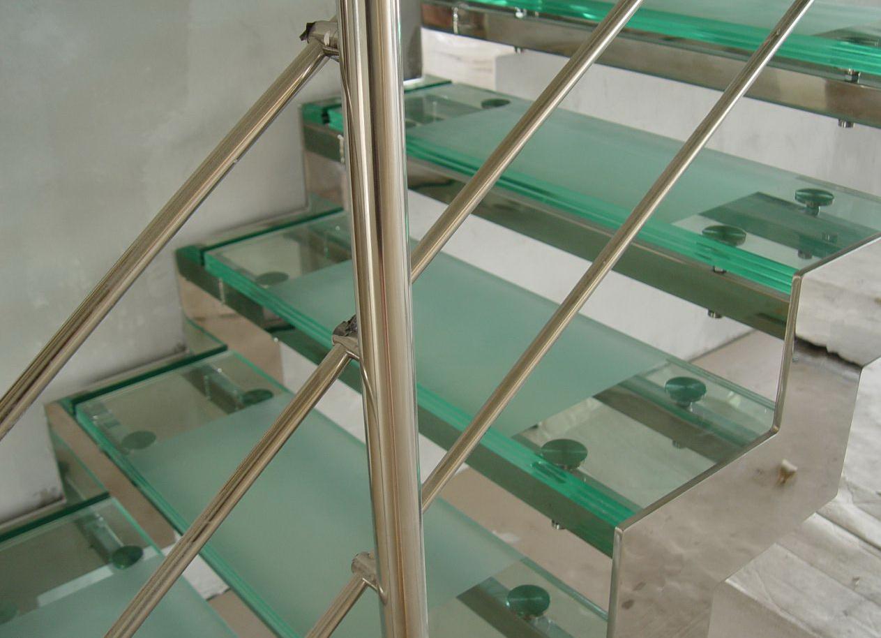 Какую лестницу выбрать для вашего дома