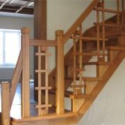 Изготовление лестницы из дерева на второй этаж