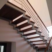 Купить лестницы из металла