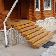 Деревянные ступени для лестниц (уличные)